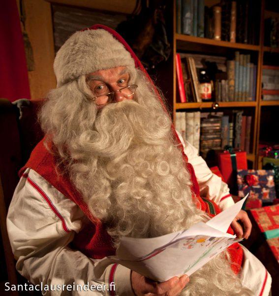 Visitando Babbo Natale Al Villaggio Di Babbo Natale Di